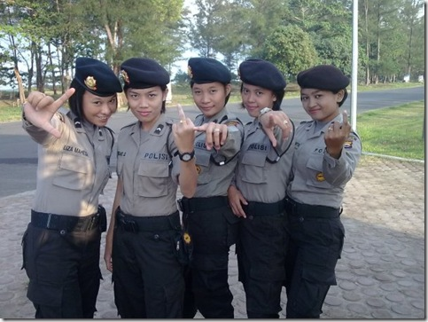 CANTIKNYA POLWAN INDONESIA (7)