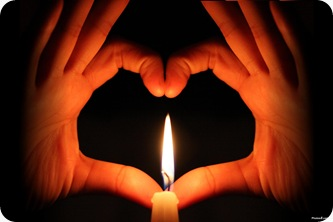 love_heart_with_candle-other